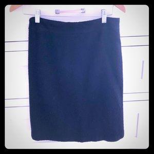 Milky boucle skirt